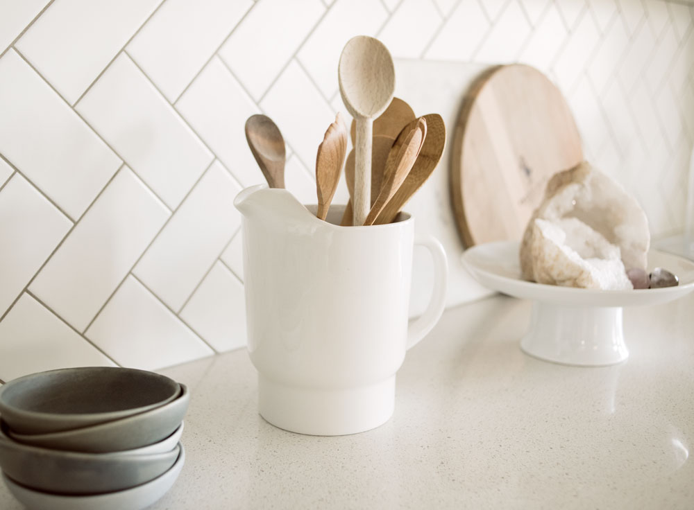 beachyhome-kitchenspoondetail